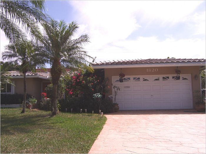 Elfyer - Oakland Park, FL House - For Sale